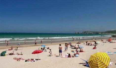 Insolite. Pays basque : une offre d'emploi de «testeur» de tongs et de maillots de bain