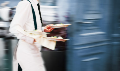 Jobs d'été : 10 000 nouvelles offres disponibles sur le site 1 jeune 1 solution